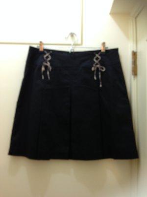 Kinloch Anderson 金安德森 黑色短裙 尺寸38 材質:97%棉 3%彈性纖維