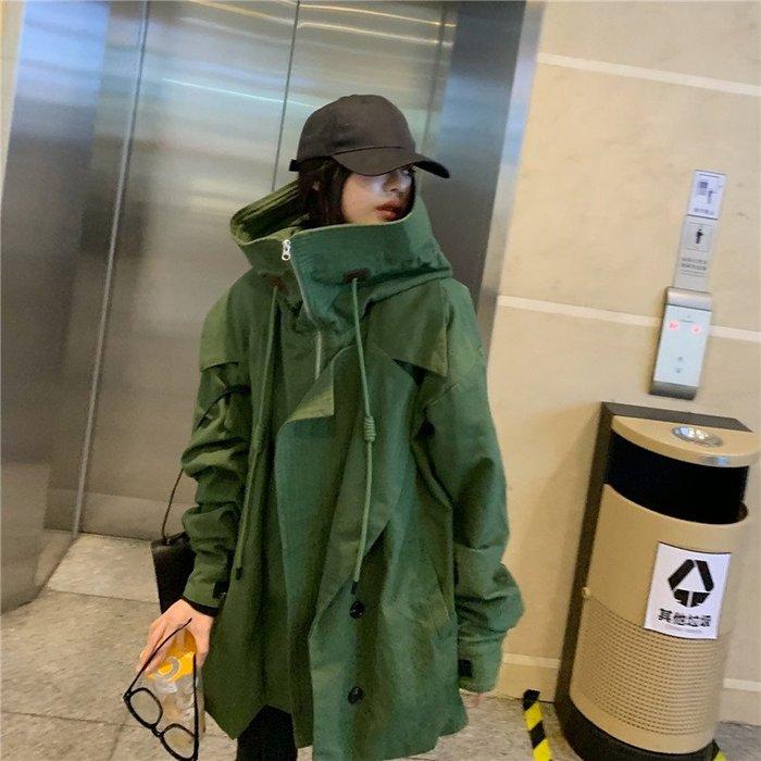 *The Girl *設計款立領連帽工裝風外套【A15932】