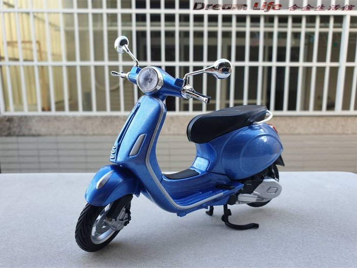 【Maisto 精品】1/12 Vespa 150 偉士牌 摩托車 全新品藍色~現貨特惠價~!!