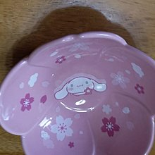 7-11花形陶瓷碗4號玉桃狗