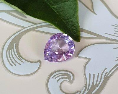 揚邵一品(附國際證)1.04克拉紫羅蘭藍寶石 無燒天然~高淨度 質地乾乾淨淨 紫色剛玉 紫色藍寶石