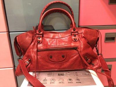 Balenciaga紅色part time