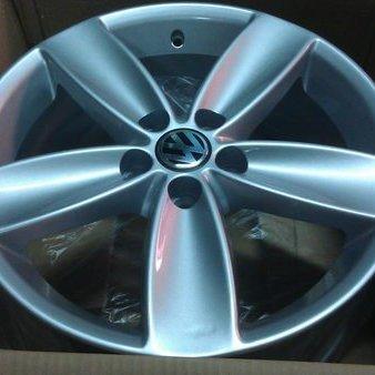 福斯POLO原廠 16吋鋁圈樣式 5*100 適BORA POLO NEW BEETLE GOLF4代 AUDI A1 TOYOTA NEW ALTIS (H941)*