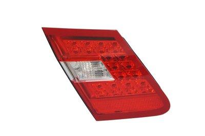 ~~ADT.車燈.車材~~BENZ W212 09 10 11 12 歐規原廠二手 尾燈內側 左邊 方向燈燈炮版本專用