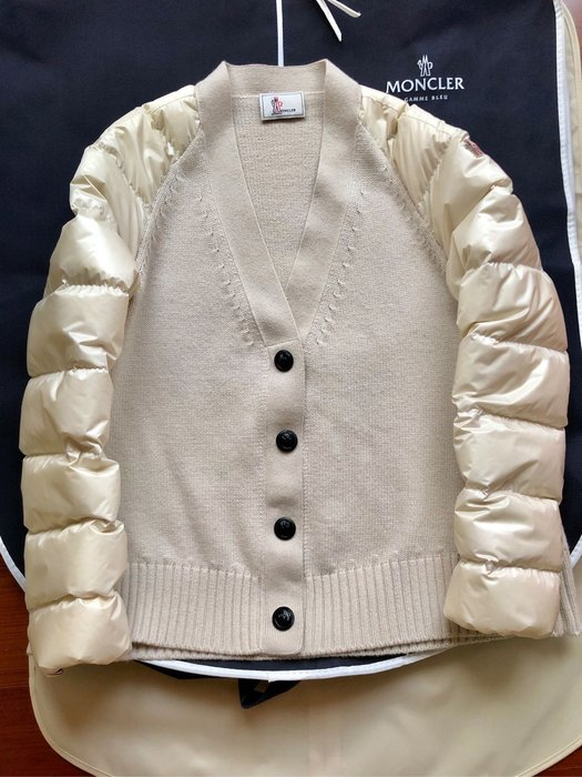 Moncler cardigan滑雪系列針織拼接羽絨外套氣質米色系尺寸XS 專櫃正品