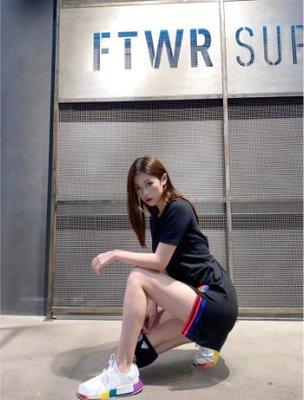 adidas 愛迪達  黑 棉t 短t 上衣 短袖 洋裝 gd2233