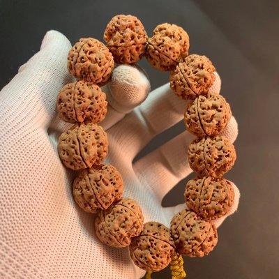 尼泊爾大金剛菩提子手串五瓣姜黃皮秒沉梅花雙龍紋原籽佛珠項鏈