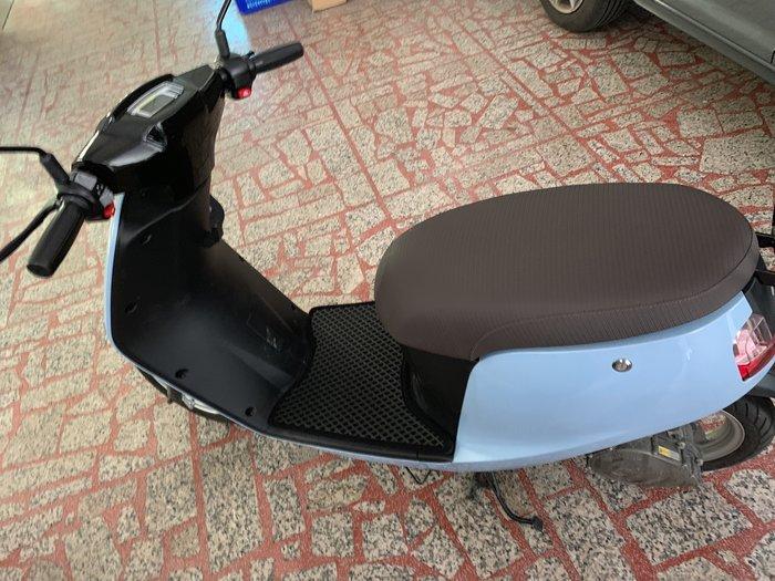 E-moving SUPER/Shine電氣車雙層止滑減震機車腳踏墊底部防滑顆粒不鎖螺絲含運699