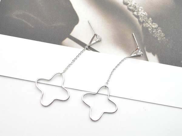 【寶寶王國】韓國造型銀針耳環 (商品編號 250-500)