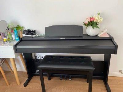 平行輸入 Roland RP-102 88鍵電鋼琴 鋼琴 電子琴 黑白兩色可選贈品含琴椅耳機木架踏板台中以北到府安裝二手