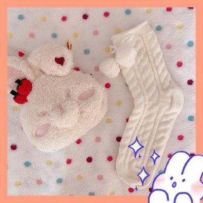 流行日韓情侶 Piggy幼兒新品園園長推薦 冬日感毛球加新厚保暖毛線針織可愛中筒襪NO90