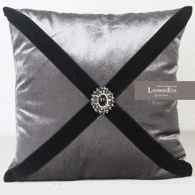 【 LondonEYE 】LUXURY 時尚奢華風格X 質感絲光絨鑲鑽 X 絨料黑帶抱枕創意抱枕 豪宅/樣品屋