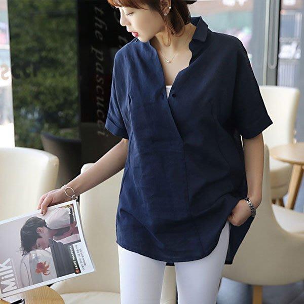 短袖T恤 ◎ 女人心語 ◎寬鬆簡約大V領單扣短袖棉麻衫 (二色) RALI-N-T-K
