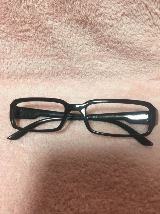 經典黑框眼鏡、二手眼鏡框、黑框眼鏡、眼鏡框、造型框