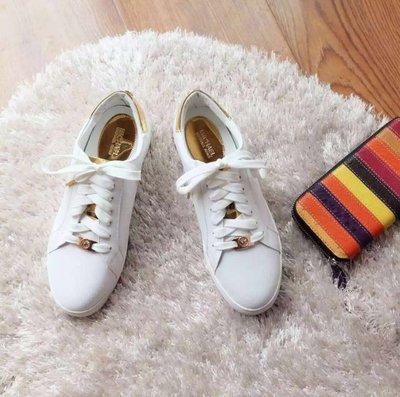╭☆包媽子店☆Michael Kors 白色全皮女款系帶板鞋