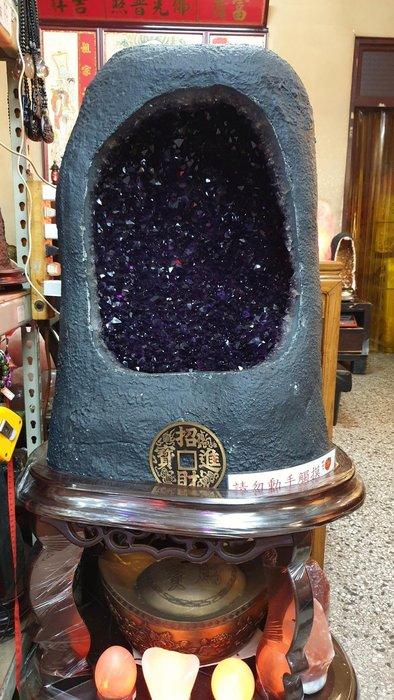 巴西紫水晶洞109公斤【東大開運館】