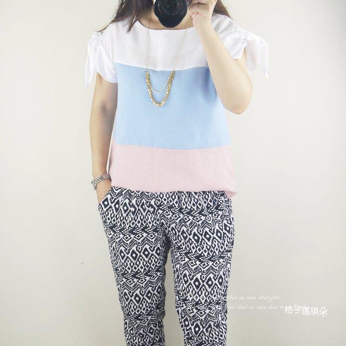 正韓 雪紡三色拼接上衣  蝴蝶結袖(藍色、粉色)~桔子瑪琪朵。惠衣
