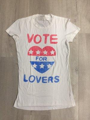 【FULL HOUSE 】美國品牌 PUBLIC LIBRARY vote for lovers 愛心白TEE 現貨