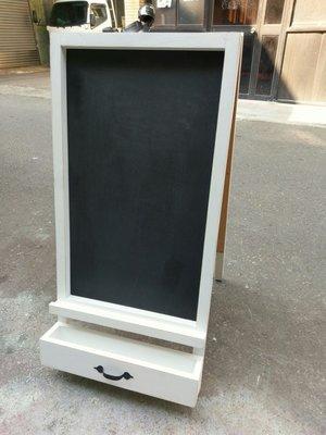 zakka糖果臘腸鄉村雜貨坊 木作類..Squint黑板展示架(白板告示牌菜單檔案架道具咖啡廳婚禮佈置會場氣球喇叭園藝)