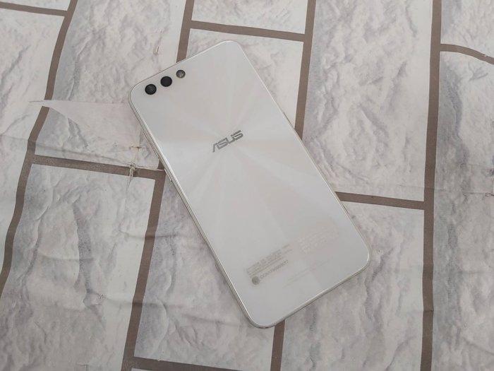 中壢『手機網通』展示機 ASUS ZENFONE 4 ZE554KL 直購價4900元 續約攜碼優惠中