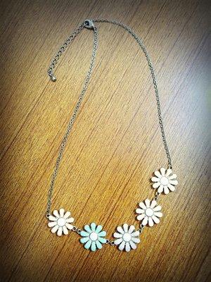 可愛馬卡龍色 五朵花 短鍊 項鍊