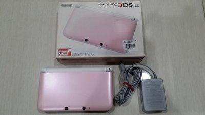 8成8新 3DSLL 粉紅色主機 +原廠充電器 版本11.2 日規 直購價3600