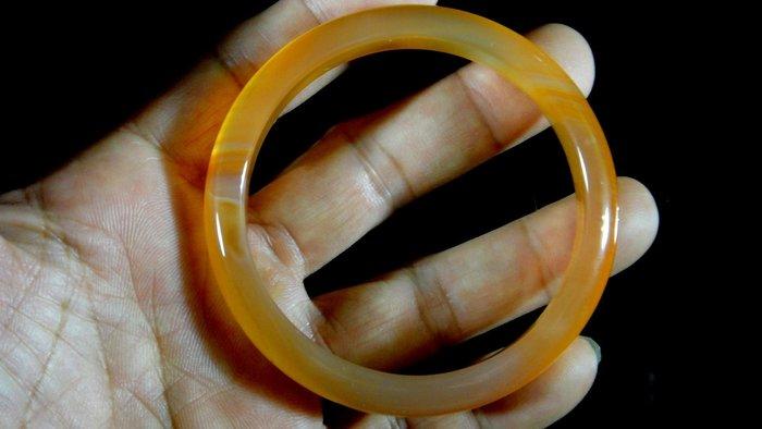 [福田工藝]天然瑪瑙玉鐲/手鐲/手環/內徑6.1cm外徑7.5cm手圍:19.5[瑪鐲19]