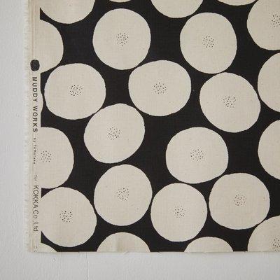 需預購 日本 MUDDY WORKS 黑底色x生成色 紅豆麵包 中厚地 棉布 (半米50x110cm=290元)