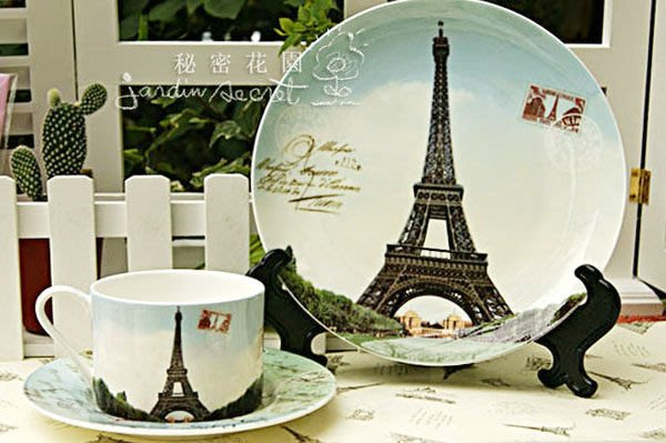 巴黎鐵塔杯盤組--秘密花園--進口法國巴黎鐵塔經典景點骨瓷杯盤套組/1大盤+咖啡盤+咖啡杯
