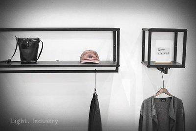 ~ 輕工業 ~極簡方框鐵板層架吊衣桿~黑色方管訂製置物架層板壁掛收納展示架服飾店衣櫃鞋架衣帽架掛衣架浴室毛巾架工業風
