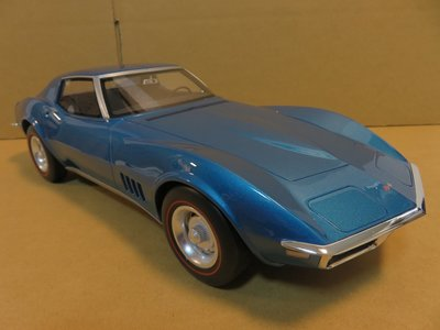 =Mr. MONK= 1/12 GT SPIRIT Chevrolet Corvette C3