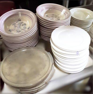 高雄 二手 碗 盤 瓷碗 陶瓷 小菜盤 刨冰碗 雪花冰 冰品 豆花 紅豆冰 簡餐 八寶冰餐飲設備 生財工具 自取免運 高雄市