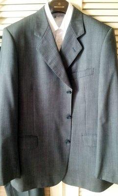 歐碼54【GIEVES & HAWKES】SUPER 120 淺鐵灰單排牛角扣三扣西裝套裝