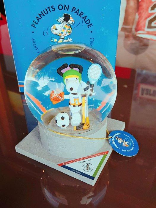 《金塊》SNOOPY 水晶球 PEANUTS on PARADE 史努比