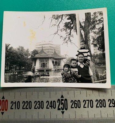 ㊣台灣意象*旗艦店㊣ 0625 黑白老照片 台中公園湖心亭