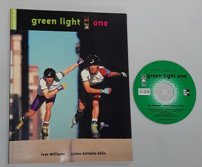 英文聽力 口說 閱讀 寫作溝通Green Light 1:Communicative course for teenagers/young adults 書全新