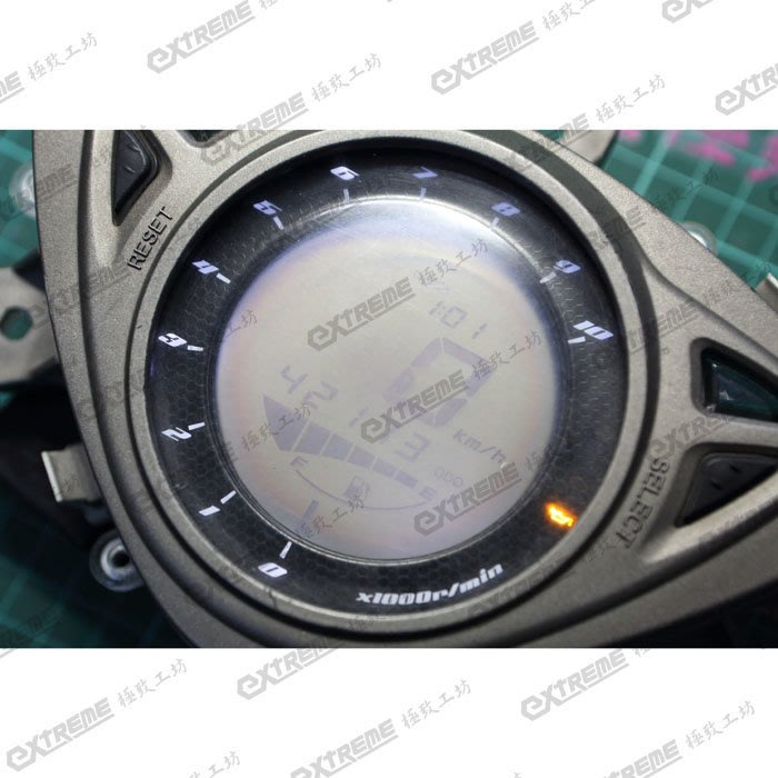 [極致工坊] RSZ RS0 ZERO 儀表 液晶 螢幕 淡化 霧掉 看不清楚 車規專用耐候型 偏光板 維修