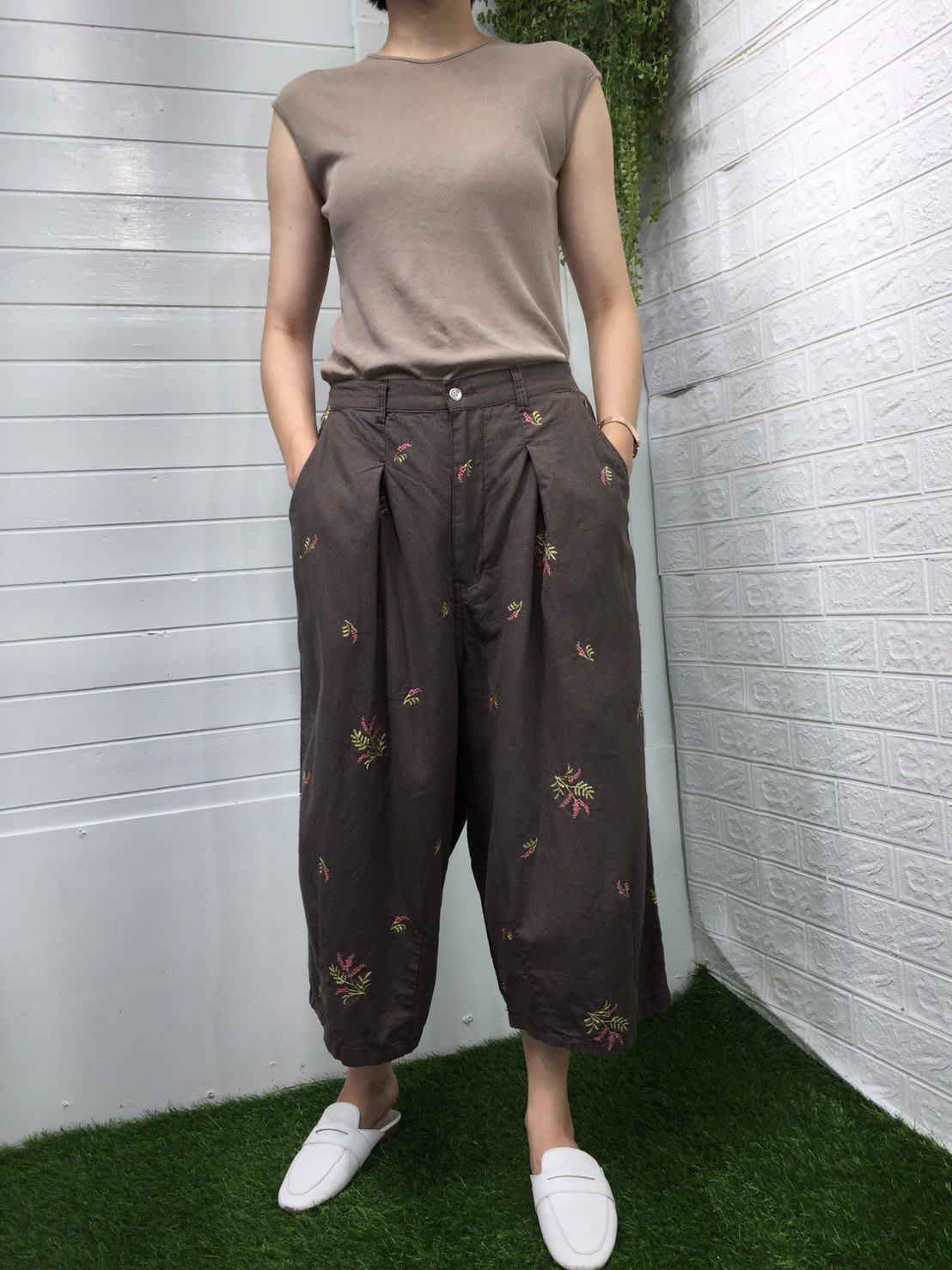 正韓 korea韓國空運4N5棉麻色刺繡花朵鬆緊腰圍寬鬆褲裙 現貨 小齊韓衣