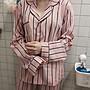 yu chieh- 韓國官網款甜美寬鬆粉紅直條紋長袖...