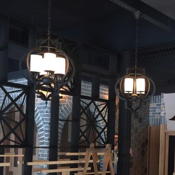 【58街】義大利設計師款式「鐵燈籠吊燈」美術燈。複刻版。GH-415