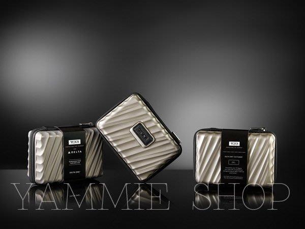 金屬光澤硬殼款 TUMI &達美航空 頭等艙 盥洗包 過夜包 旅行收納包 完勝RIMOWA 保真(TBH16)