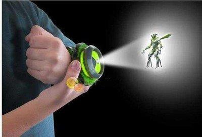 特惠BANDAI地球保衛者 BEN 10投影手錶 小班玩具少年駭客變身器投影手錶BEN 10投影手錶~~~陶陶百貨