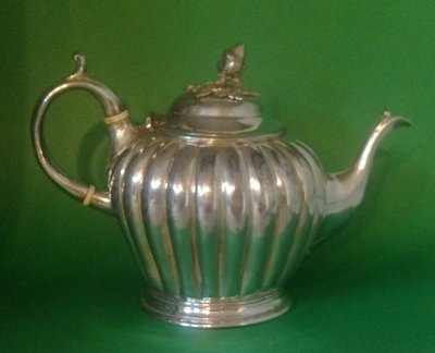 275 高級英國鍍銀壺Attractive Antique Victorian Silver plated teapot