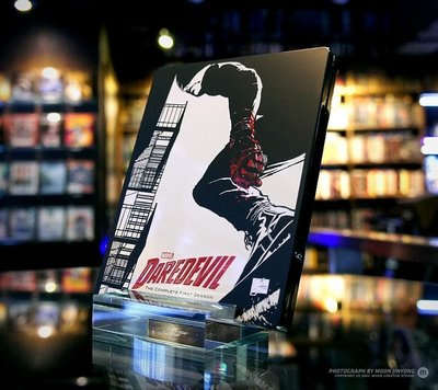 毛毛小舖--藍光BD 夜魔俠 Daredevil 影集第一季 四碟限量鐵盒版 MARVEL