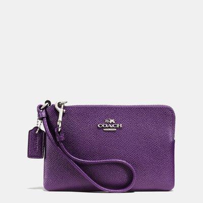 Coco小舖COACH 64360 CORNER ZIP WRISTLET 紫色手拿包