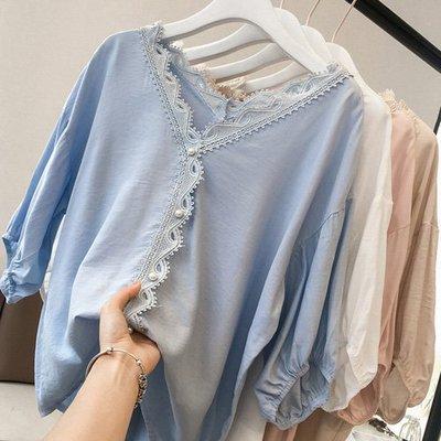 甜美雪紡上衣 穿出氣質V領鉤花珍珠釦五分袖雪紡衫 艾爾莎【TAE7777】