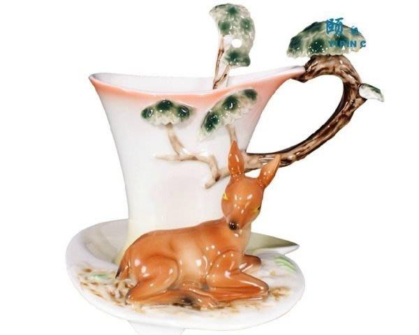 5Cgo【鴿樓】會員有優惠 琺琅瓷 14428840596 梅花鹿 立體陶瓷杯盤匙組 (一組) 花茶杯咖非杯下午茶貴婦