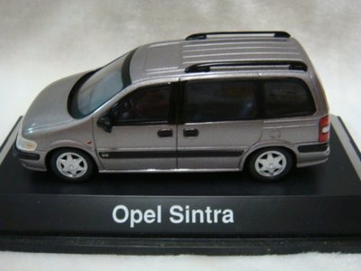 Schuco 1:43 Opel Sintra  超低價!