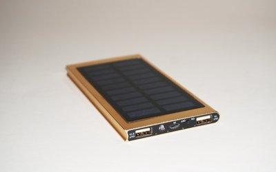全新 太陽能充電器 *12000mAh*金