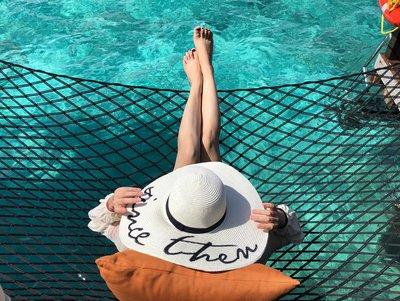 自留款!電繡 草寫字母 海島渡假 草帽 SINCE THEN 大帽緣 遮陽帽 拍照神器 可收納於包包 出國必備